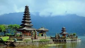 bali-indonesia-lake-bratan_1587663074